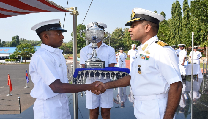 https://www.indiannavy.nic.in/