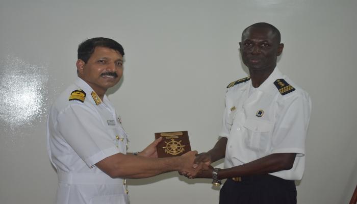 डकार, सेनेगल में भा नौ पो तरकश