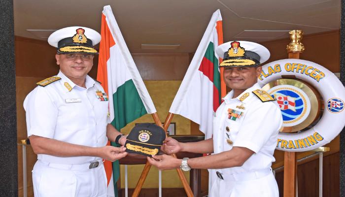 Rear Admiral Rajesh Pendharkar, AVSM, VSM Assumes Charge as Flag Officer Sea Training, Kochi