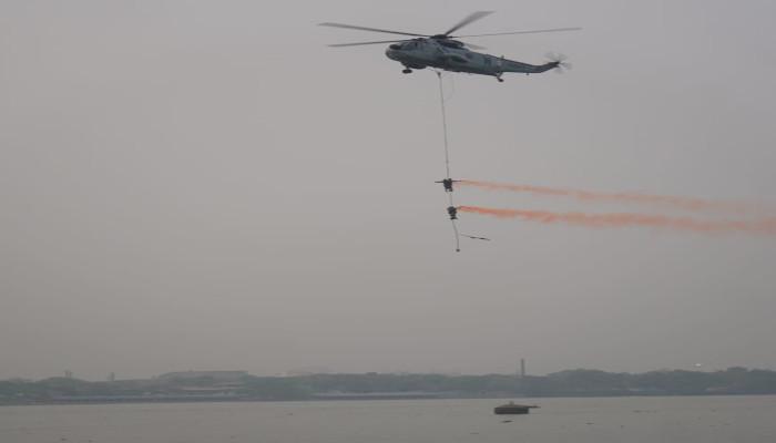 Swarnim Vijay Varsh 2021 Naval Operational Demo on The Hooghly River 'Samudri Virasat Pradarshan'
