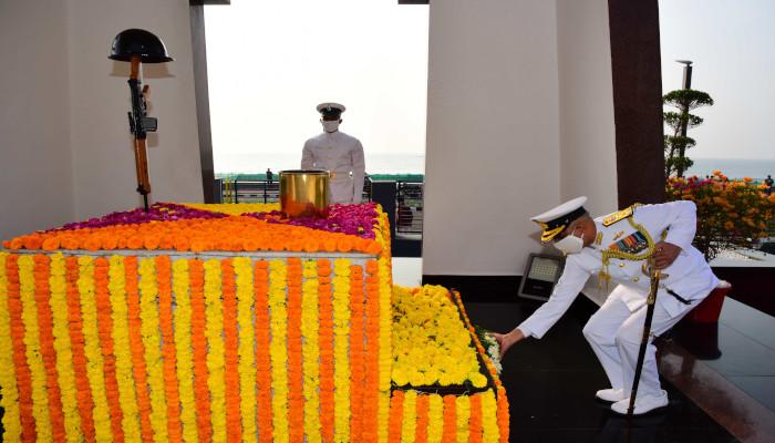 Tributes Paid to the Brave Hearts on 'Swarnim Vijay Varsh Celebrations' at Visakhapatnam