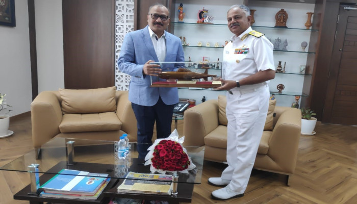 Vice Admiral AB Singh, FOC-in-C ENC calls on Hon'ble Governor of Andhra Pradesh Shri Biswabhusan Harichandan and Hon'ble Chief Minister of AP Shri YS Jagan Mohan Reddy